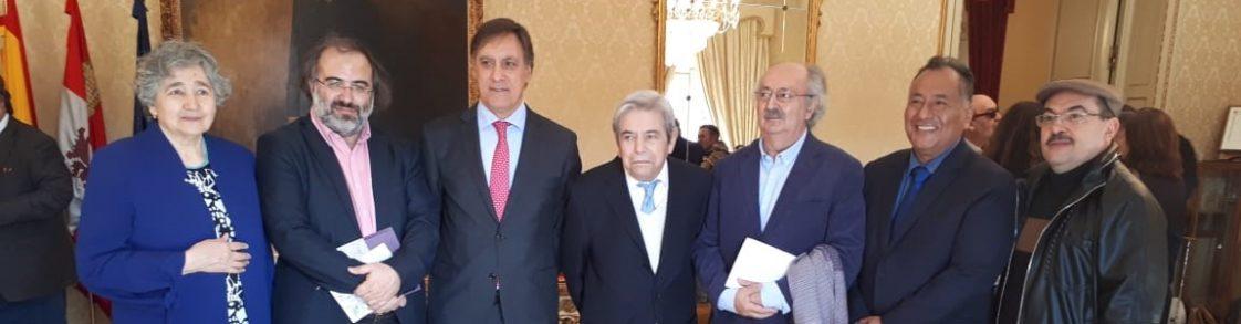 Com o prefeito de Salamanca, o poeta Antonio Salvado, prof. Alfredo Alencarte... (2)